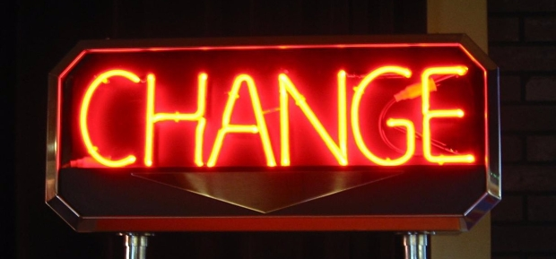 1280px-Neon_sign,_-CHANGE-